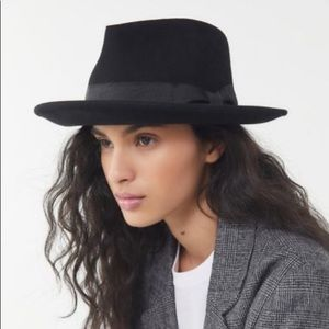Urban Outfitters Accessories - UO short brim will felt hat